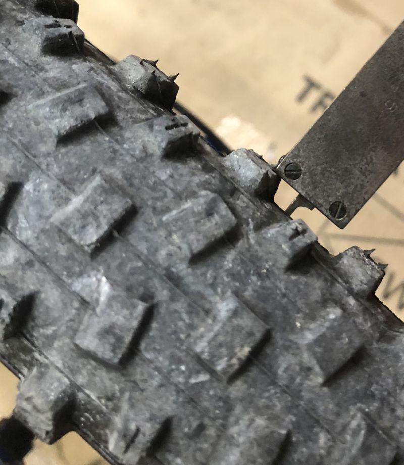 Vee Crown Gem tire?-outside-lug.jpg