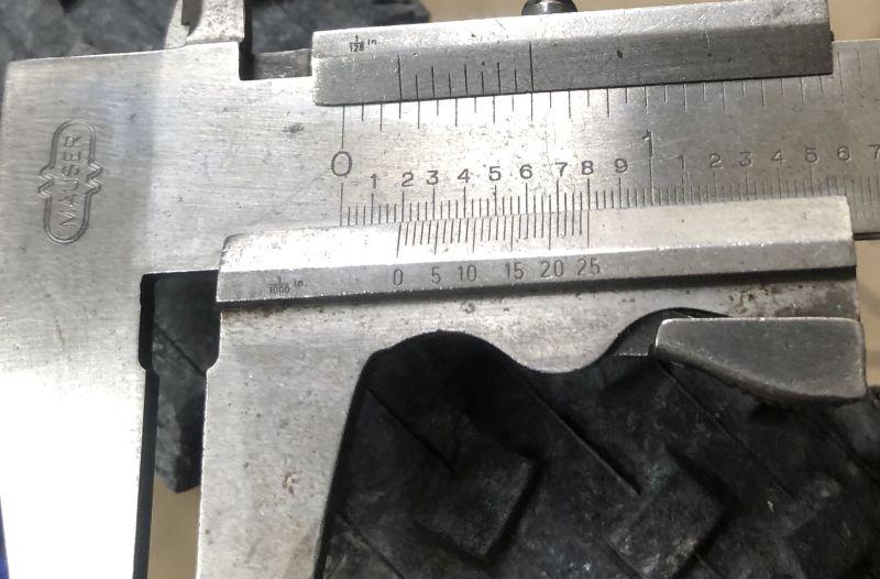 Vee Crown Gem tire?-outside-lug-measurement.jpg