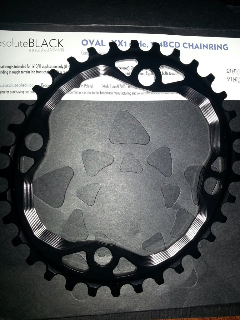 Absolute Black Oval Chainring-oval-34t.jpg