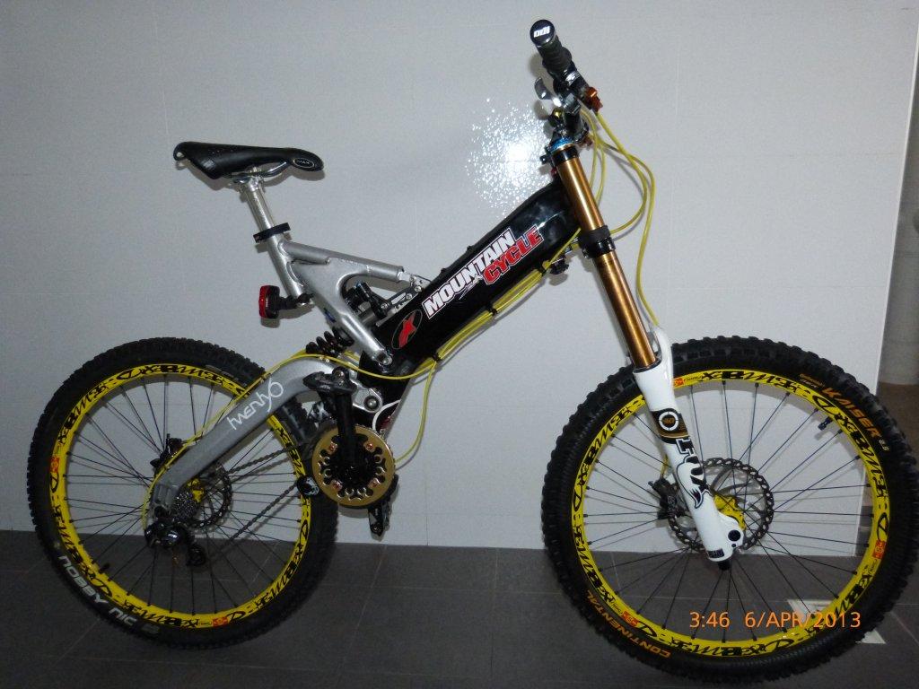 Old School DH bikes-p1000011.jpg