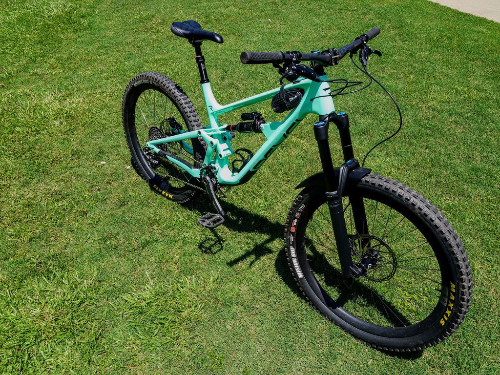 Revel Bikes Reviews-p1000563-mtbr.jpg