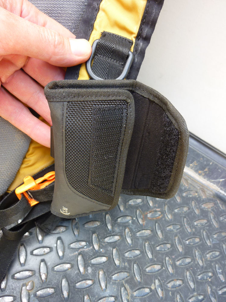 Phone pouch for shoulder strap (or something similar)-p1000854.jpg