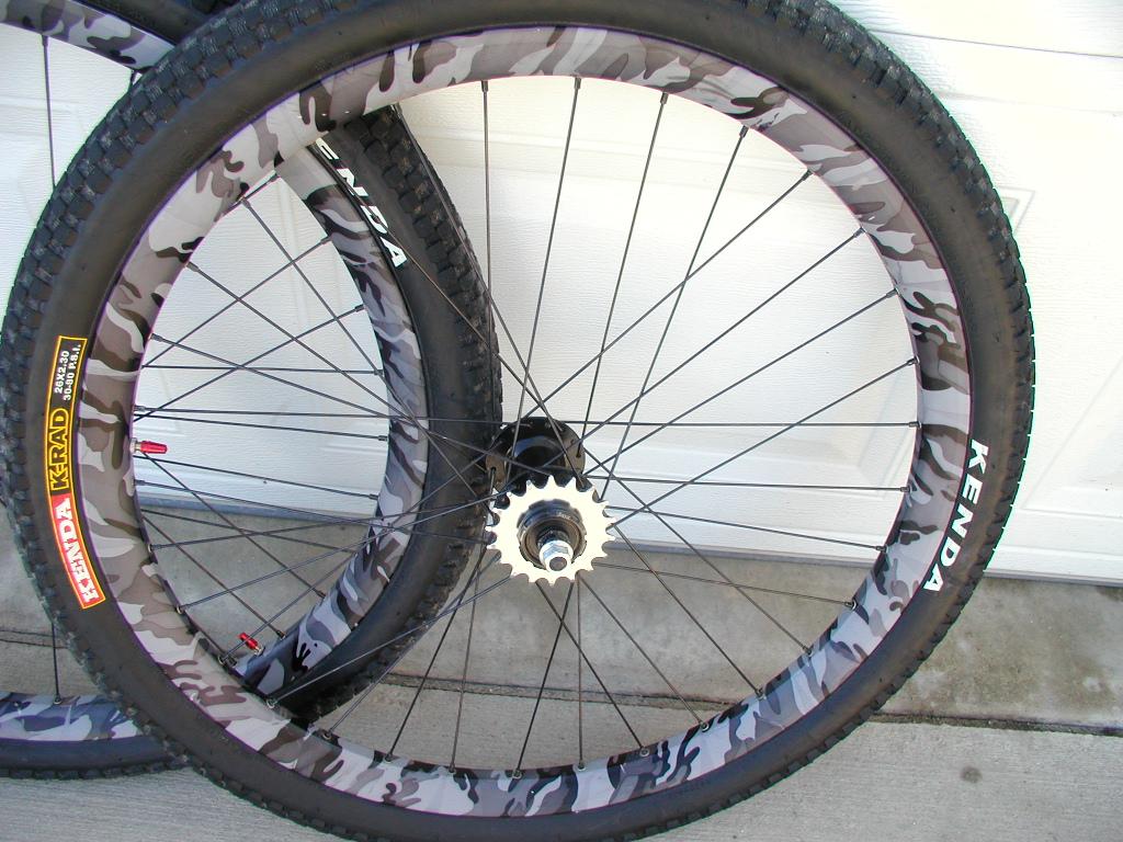 Spam:Sun Doubletrack Urban Camo/Rockwerks wheelset 5-p1010002.jpg