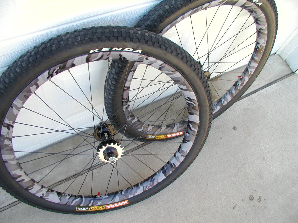 Spam:Sun Doubletrack Urban Camo/Rockwerks wheelset 5-p1010013.jpg