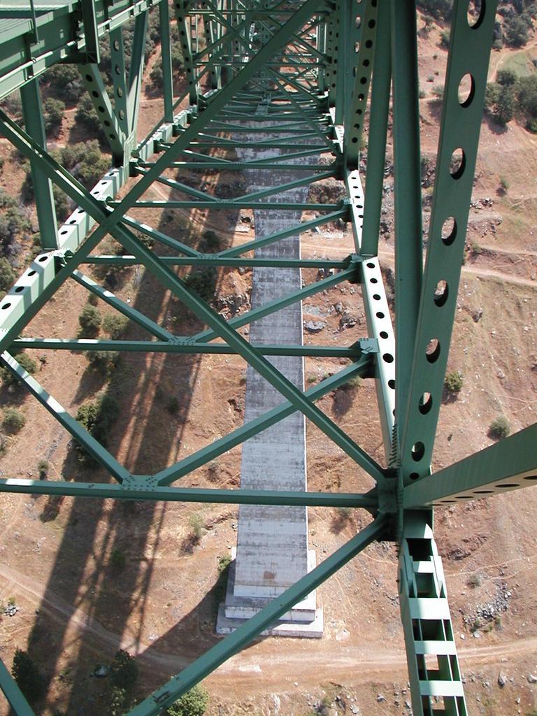 bike +  bridge pics-p1010024.jpg