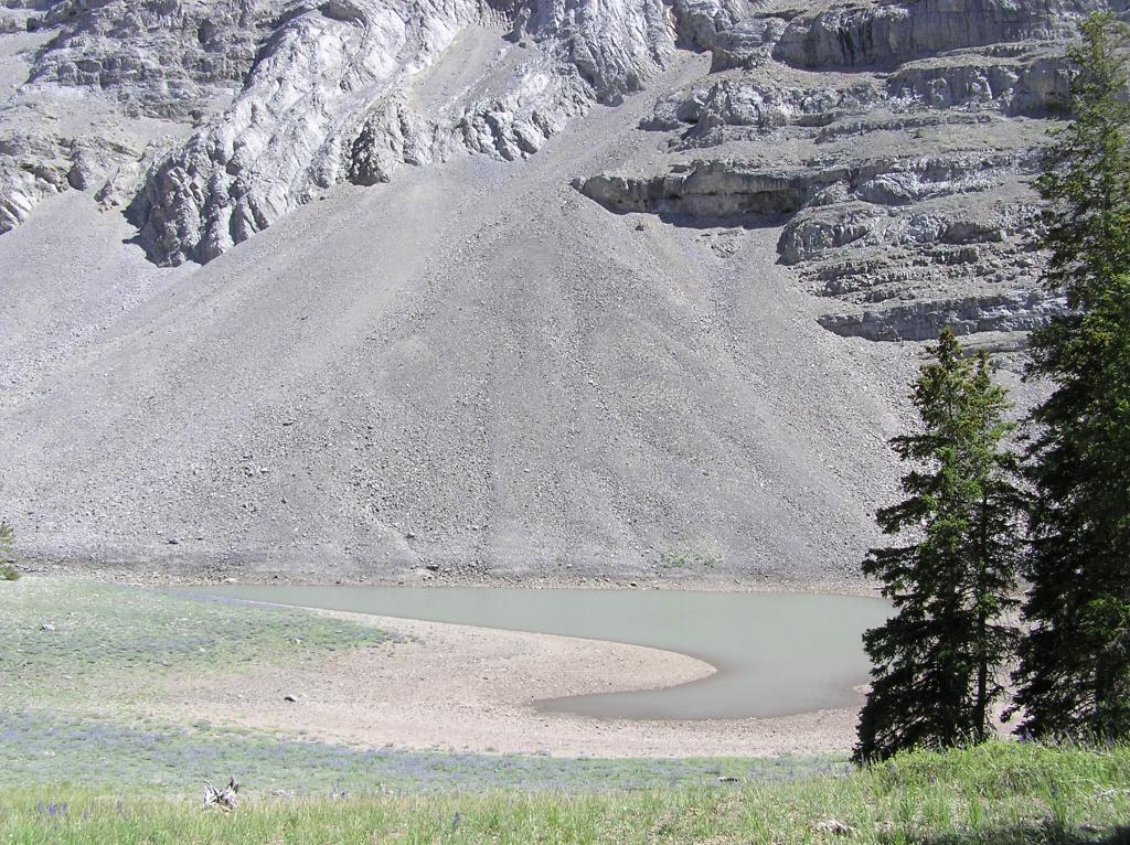 Webber Cr Trail, Idaho side Italian Peaks.-p1010032.jpg