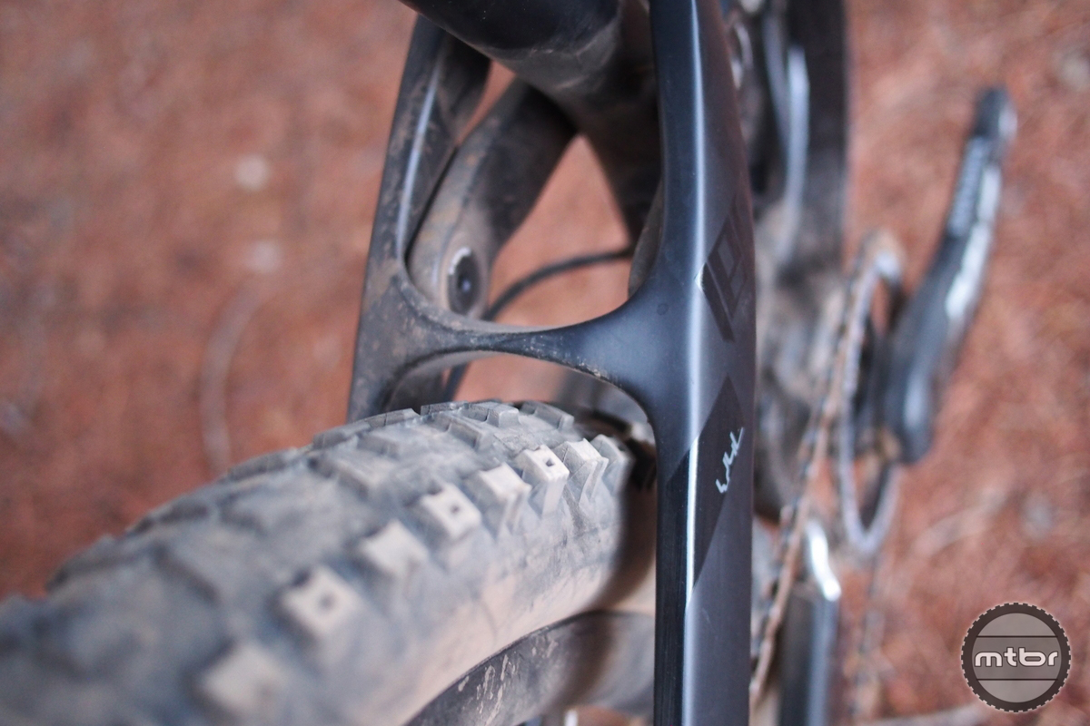 YT Jeffsy CF Pro Tire Clearance