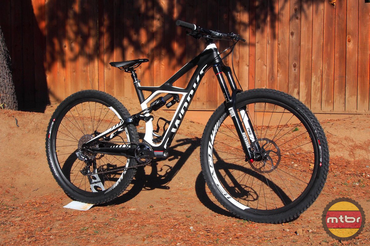 Specialized Enduro 29 Front Quarter