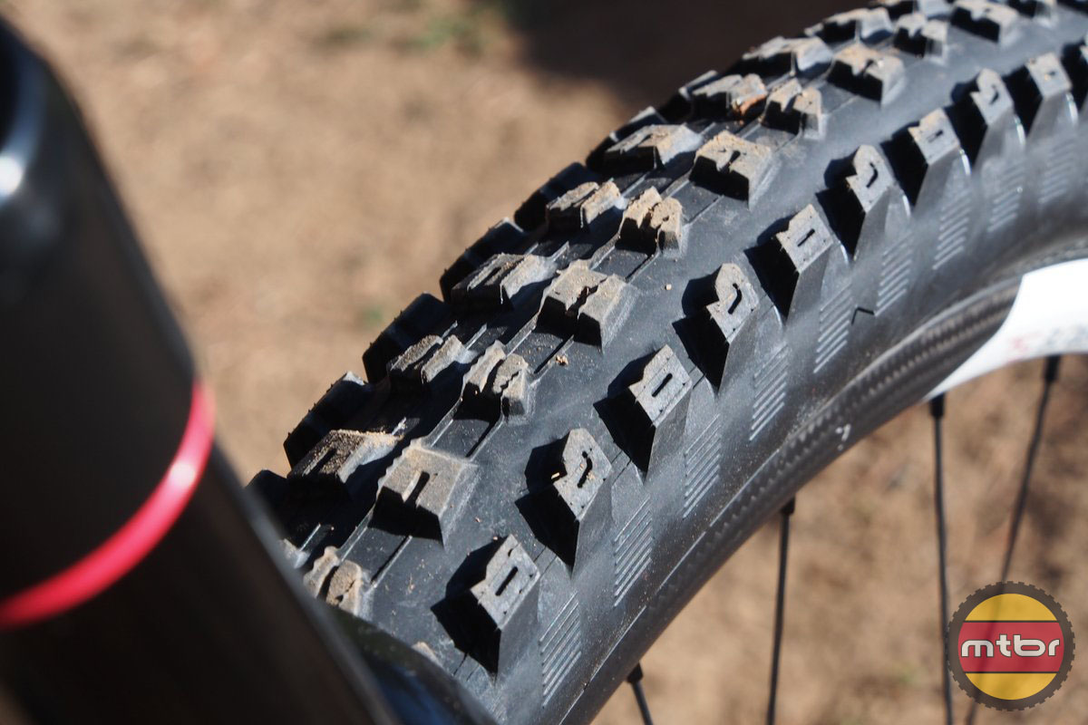 Specialized Enduro 29 new Butcher tires