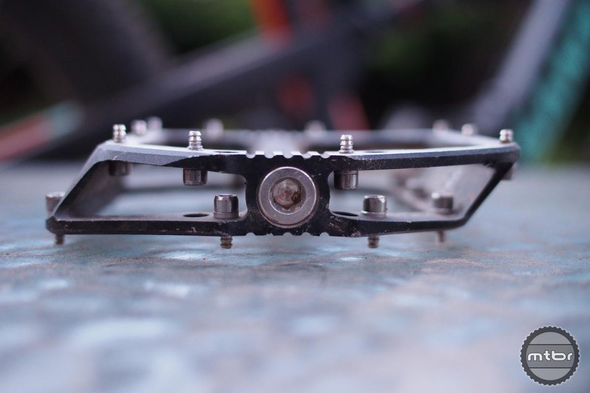 Bontrager Line Pro Pedals Pins