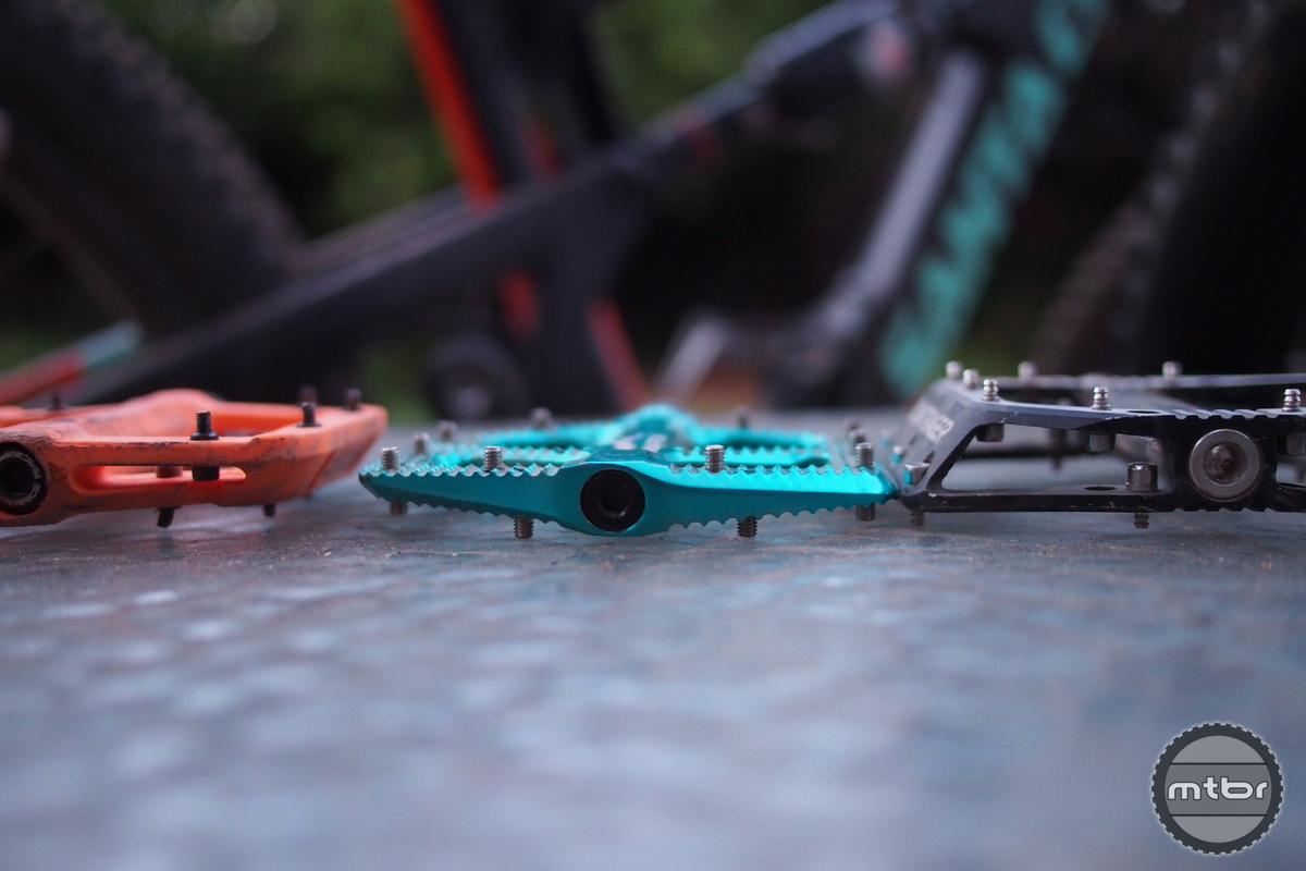 Canfield Brothers Crampon Flat Pedal Comparison