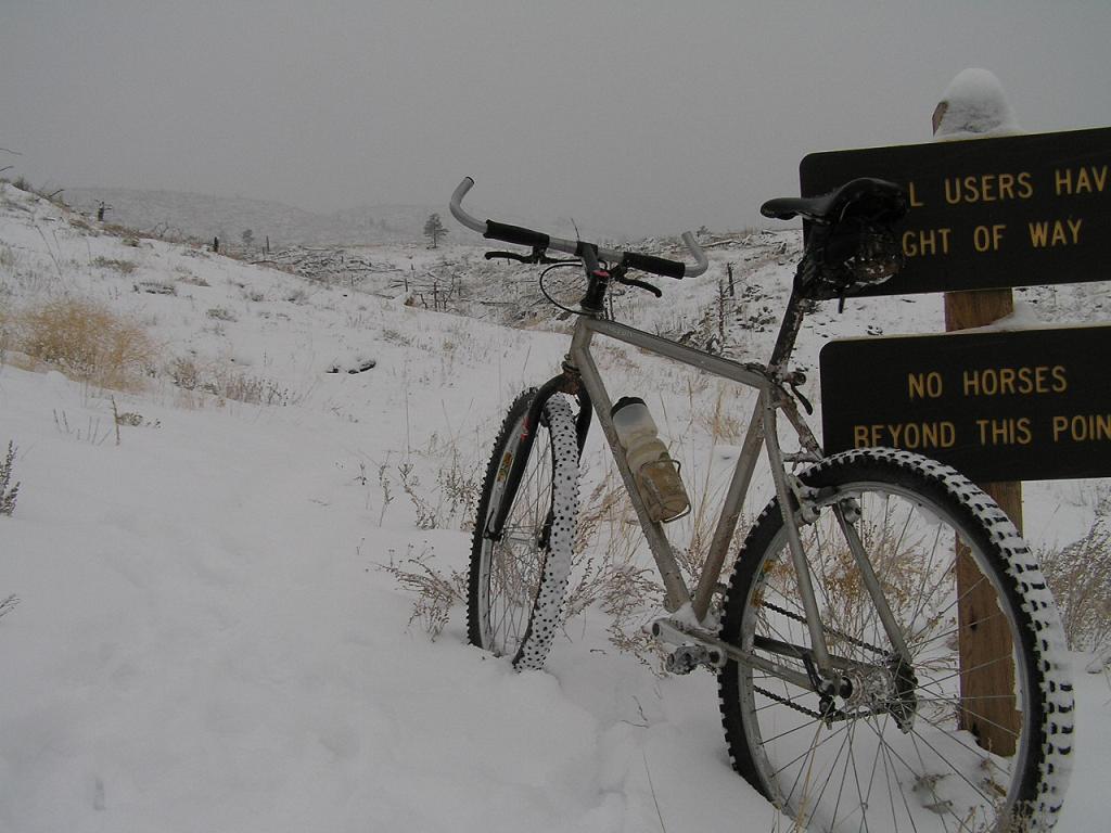 Bike + trail marker pics-p1010176.jpg