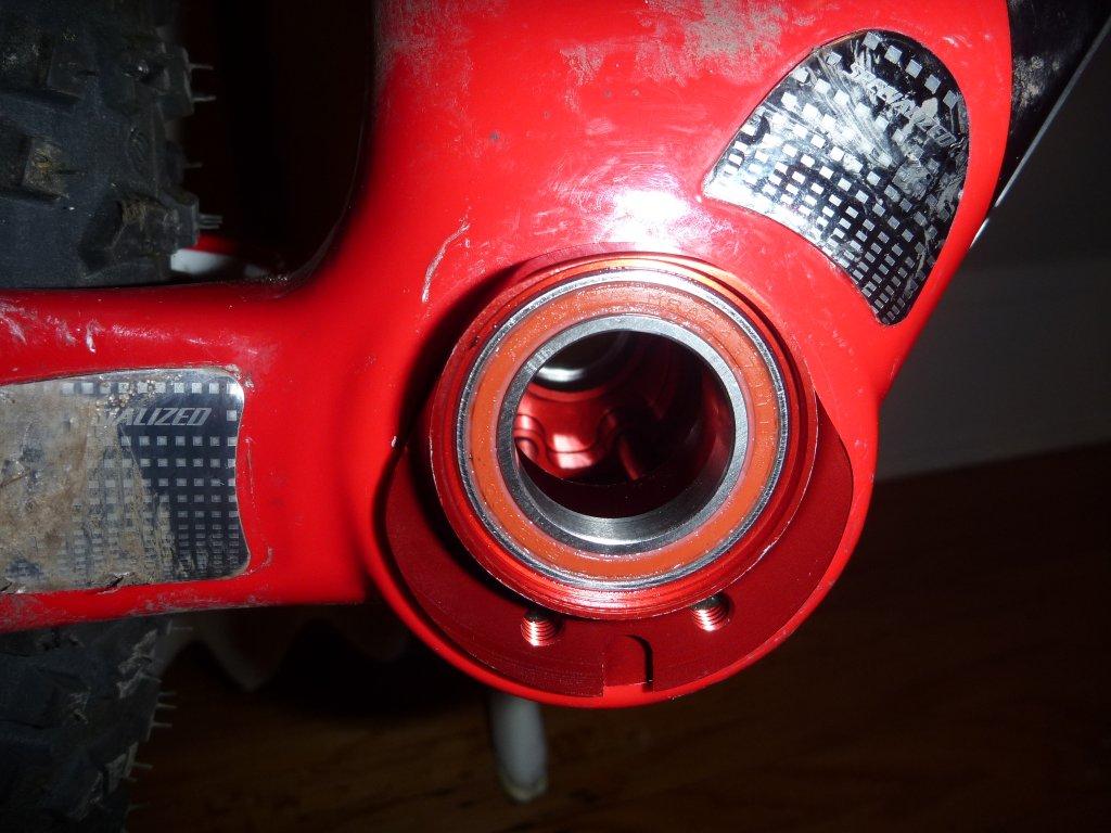 Wheels Manufacturing BB30/PF30 eccentric-p1010765.jpg