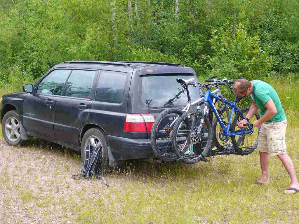 Hitch mounted racks (railing type), let's see yours.-p1010803.jpg