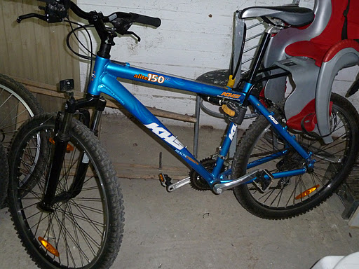 KHS Posted 2011 Bikes on Facebook-p1020003.jpg