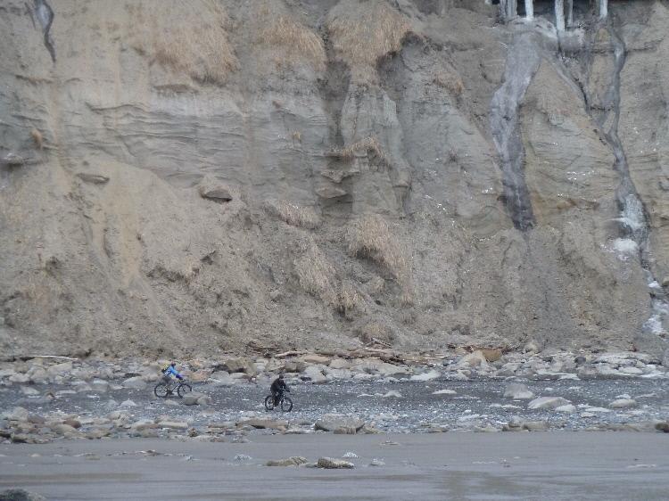 Beach/Sand riding picture thread.-p1020202-1-.jpg