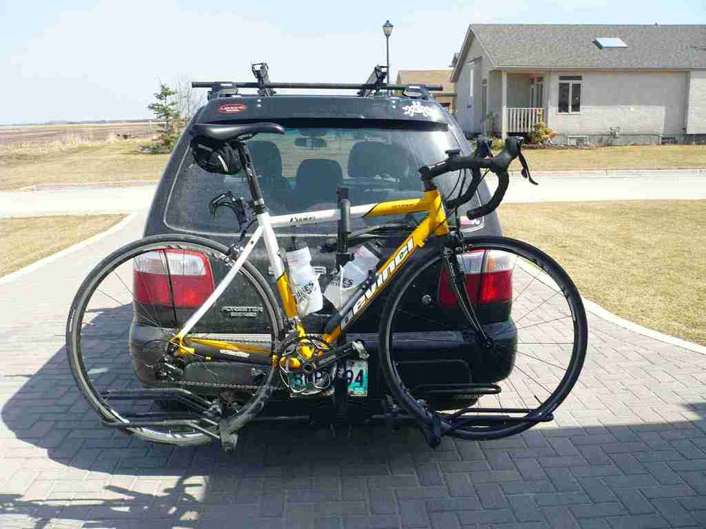 Hitch mounted racks (railing type), let's see yours.-p1020739.jpg