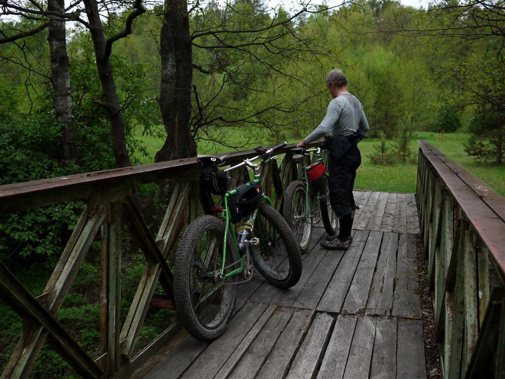 bike +  bridge pics-p1020887-large-.jpg