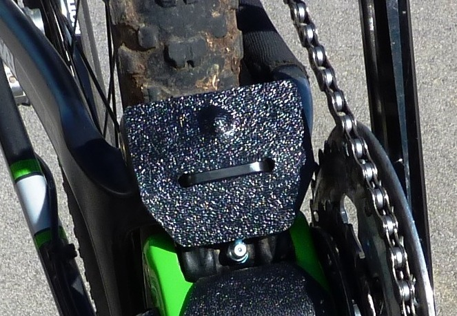 Santa Cruz Bronson Aluminum frame ABS /& lower link protection rock guard