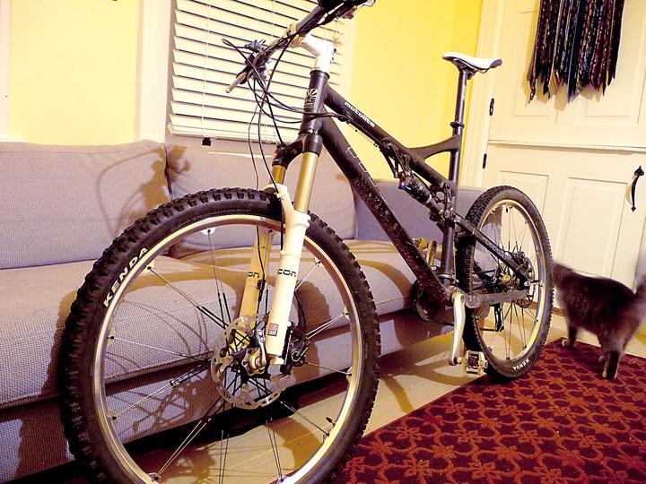 Titus Bike Pr0n-p1050363-3-4-view.jpg