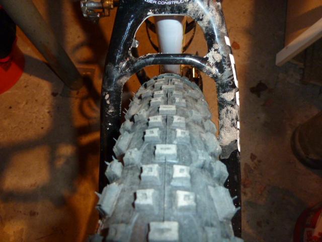 Flash 29 Tire clearance-p1050500.jpg