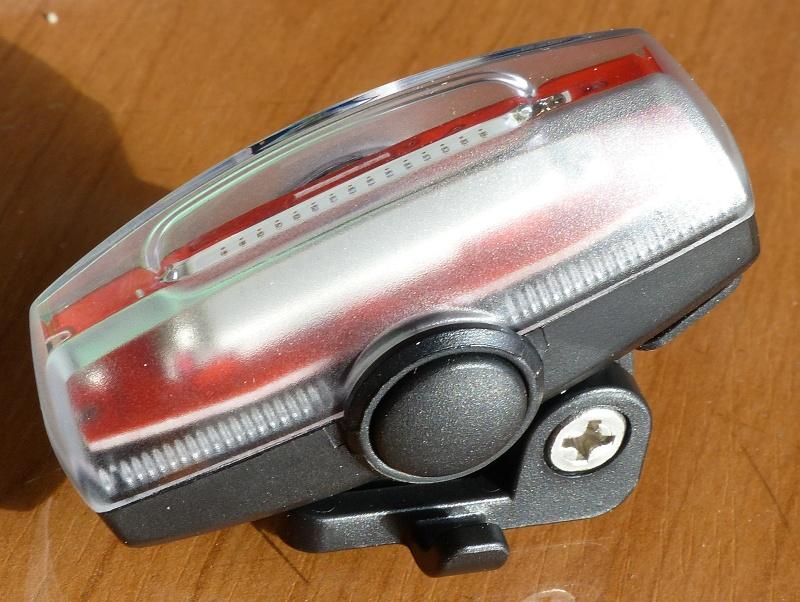 Review: Xeccon Mars 30 USB rechargable rear light-p1100923.jpg