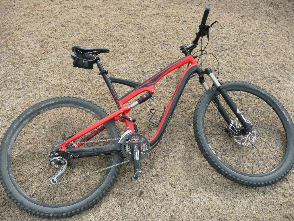 clydes that ride a 29er.... what are you riding?-p1120139.jpg