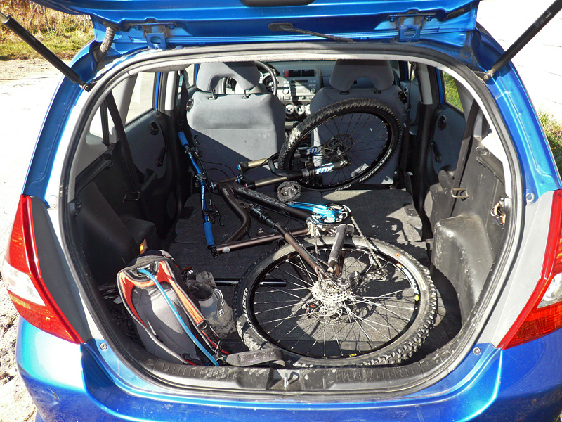 """Does your mountain bike fit/travel """"in"""" your car?-p1120197edit.jpg"""