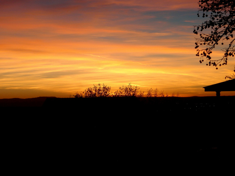Sunsets...-p1131010.jpg