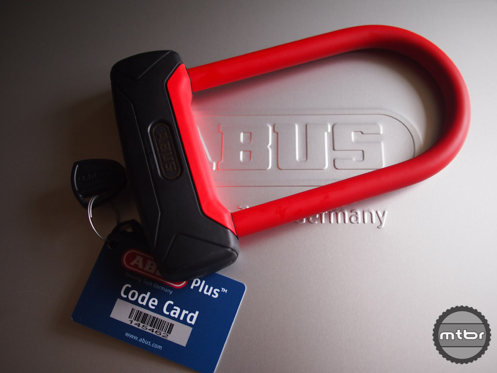 Featuring a new, wider profile, thicker shackle and high-tech key cyclinder.