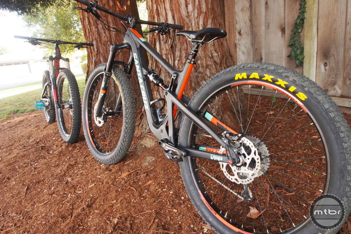 Santa Cruz Hightower looks very chunky with 3.0 tires.