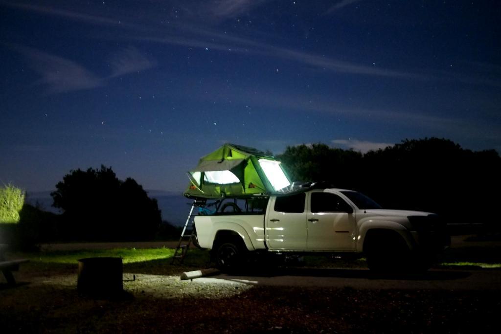 Rooftop tents-p3080001.jpg