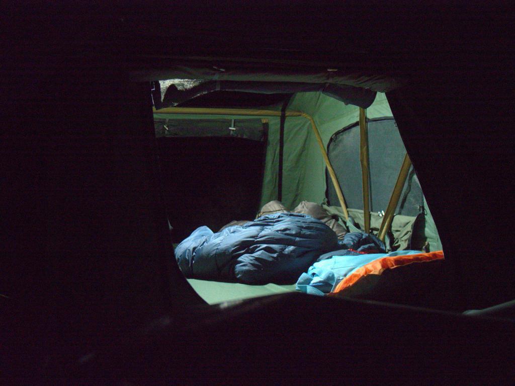 Rooftop tents-p3080007.jpg
