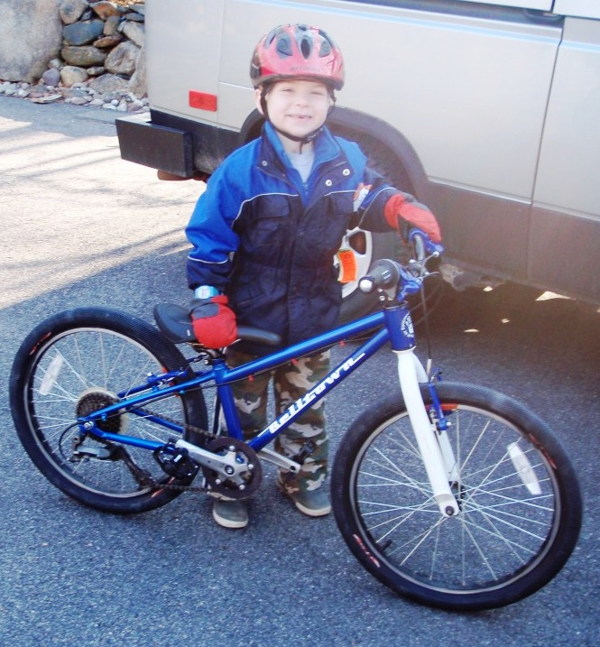 Need Advise on custom Mtb for my 5 year old-p3110233.jpg