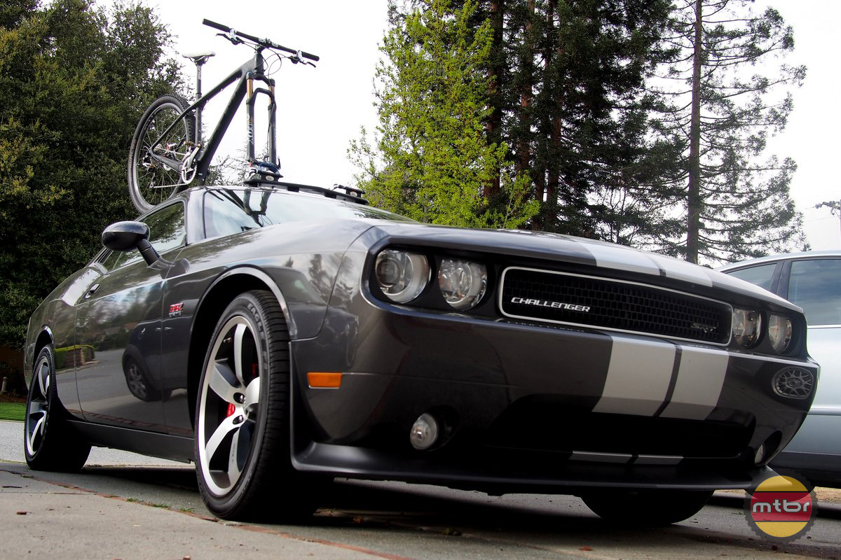 Felt Nine FRD with Dodge Challenger Hemi