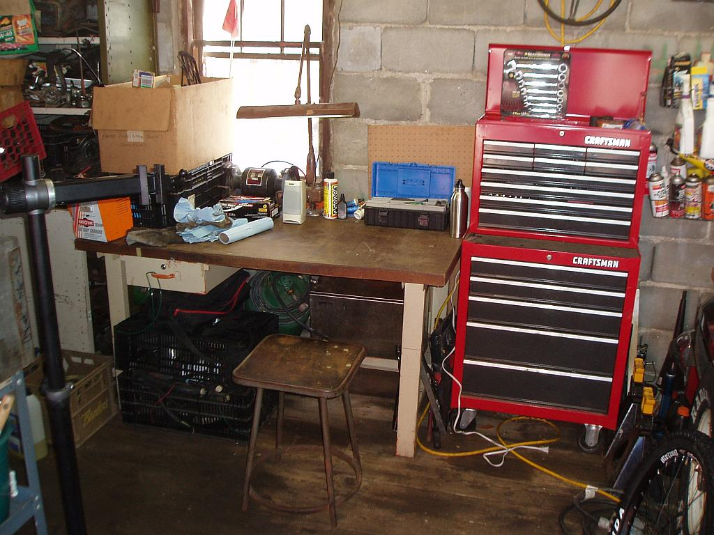 "The ""What's your shop look like?"" thread-p4040004_1024.jpg"
