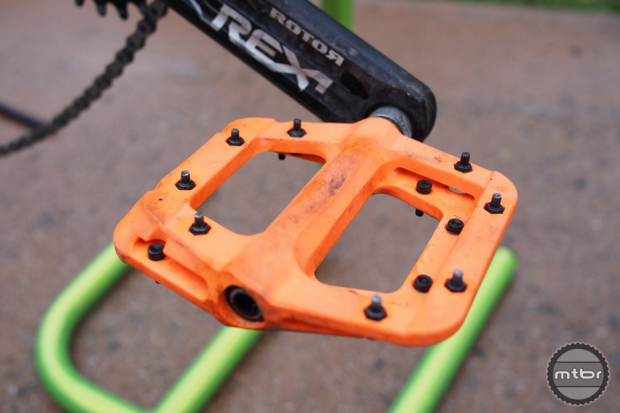 A plastic body not only delivers good value but also good shock absorption and durability against rock blows.