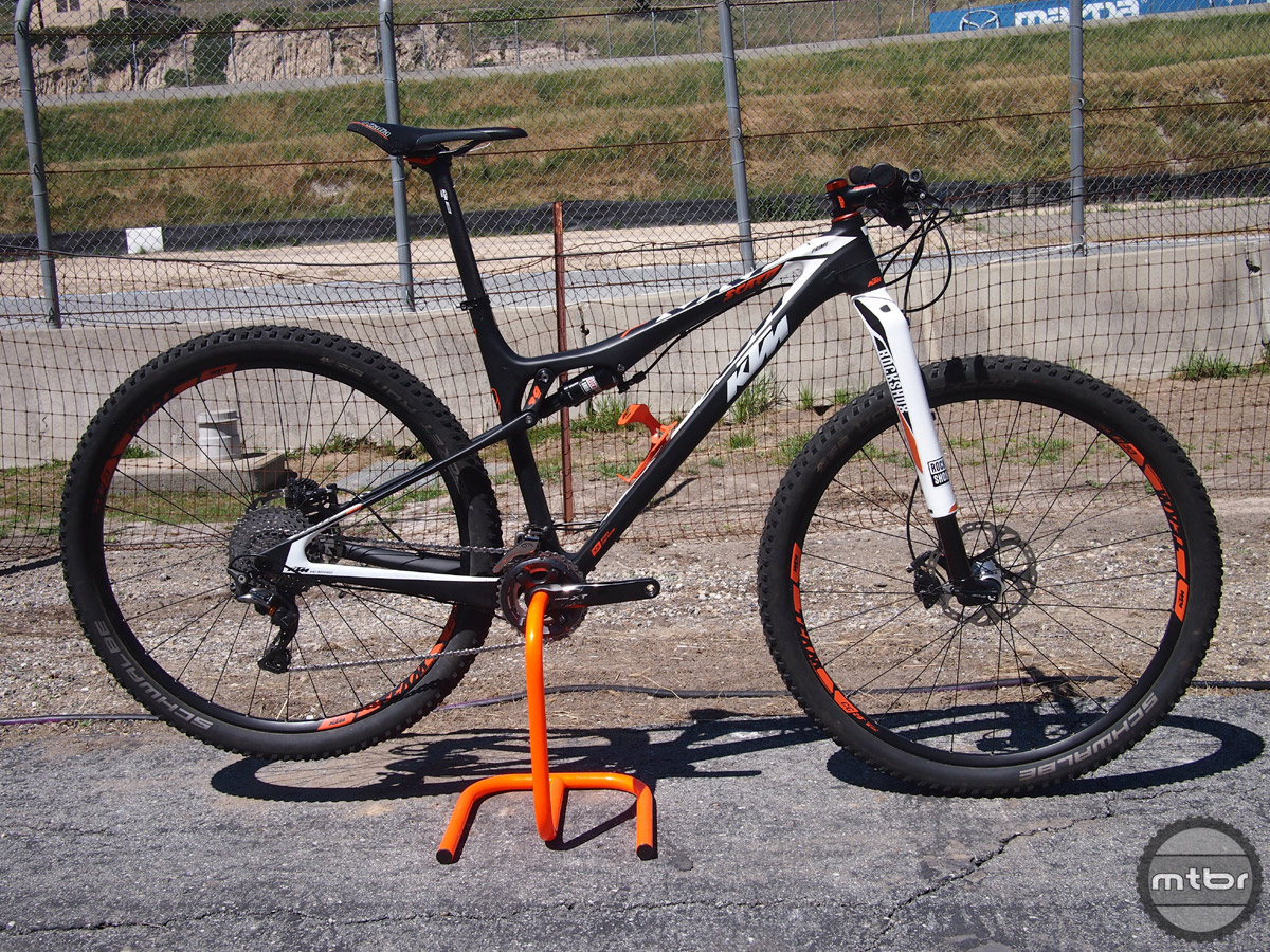 The Scarp is KTM's full suspension 29er line that features 90mm of rear travel mated with 100mm of travel up front.
