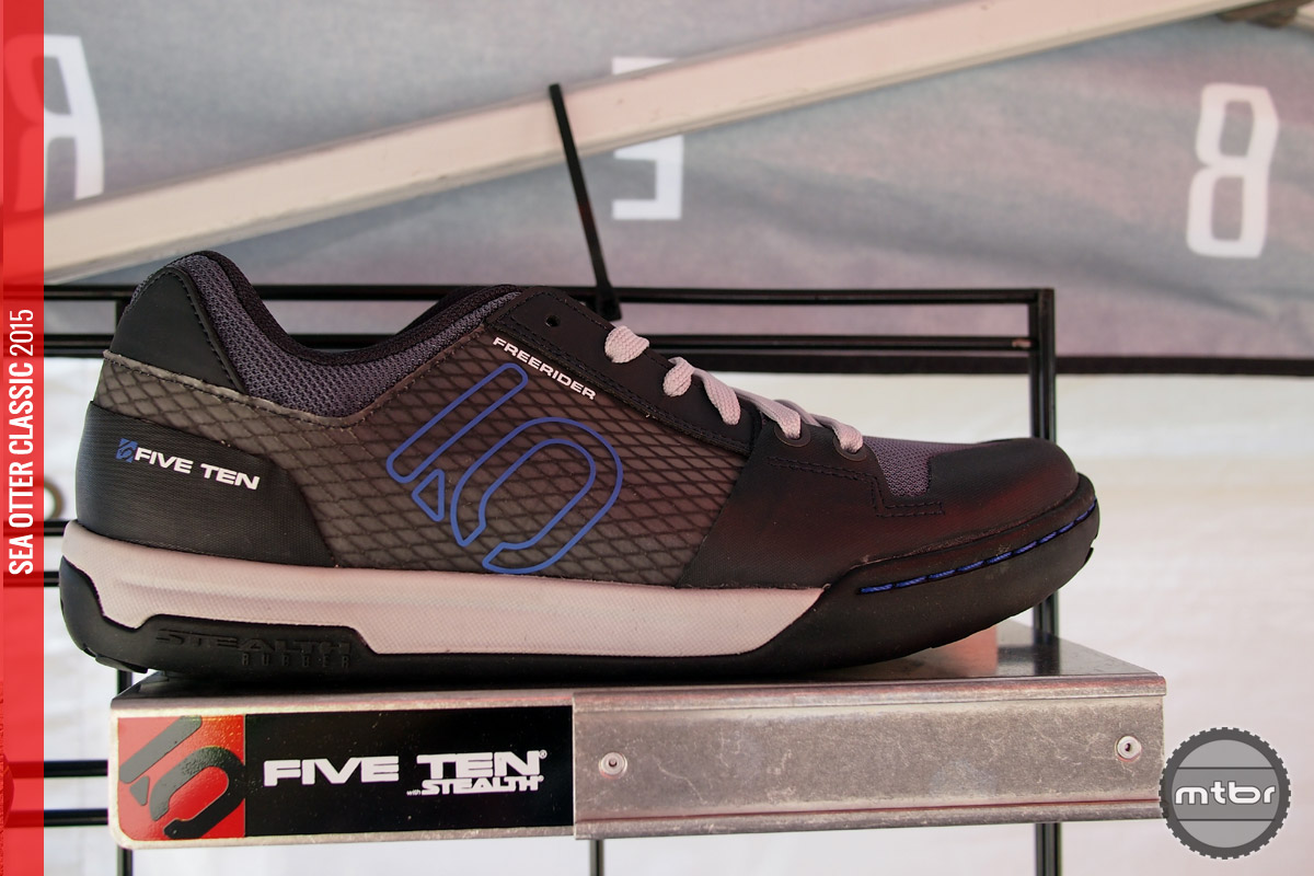 Freerider Contact shown in Grey/Blue.