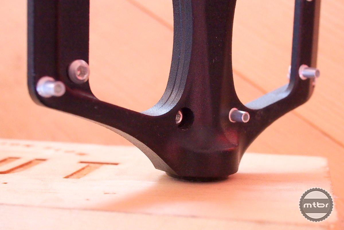 Gamut Podium Pedal main bearing axle