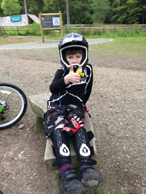 Youth cycling jerseys..who makes them?-p4pb10956683.jpg