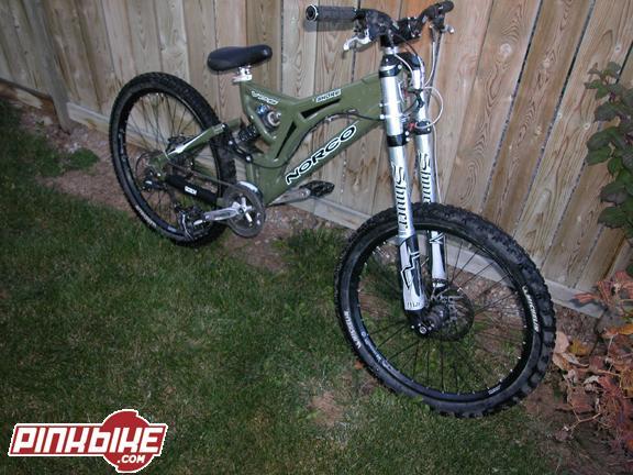 Old School DH bikes-p4pb123099.jpg