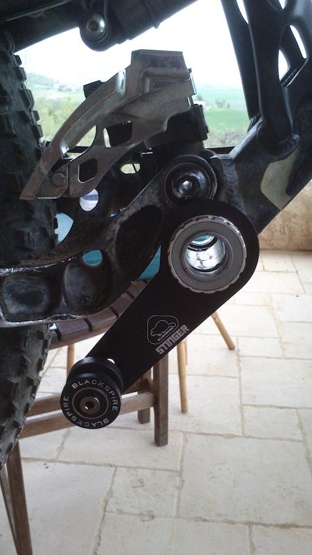 Stinger chainguide on a Slayer-p4pb9518250.jpg