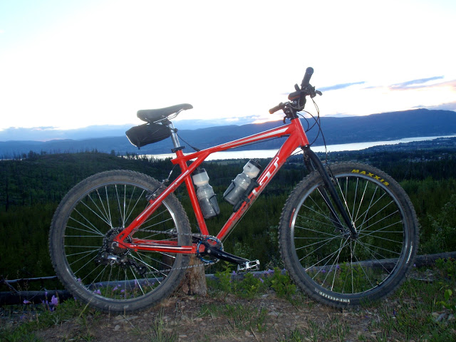 Show us a picture of your 26er MTB that you still use on the trails-p5090146.jpg