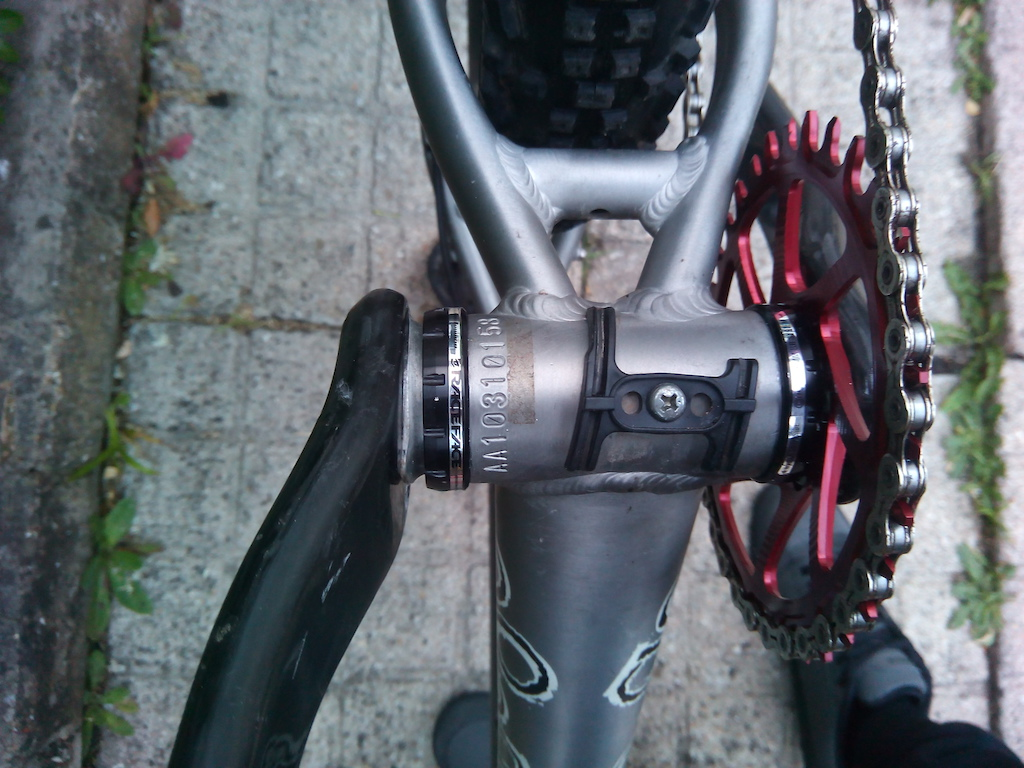 XX1 BB30 Crank in 68mm BSA Bottom Bracket-p5pb12301680.jpg