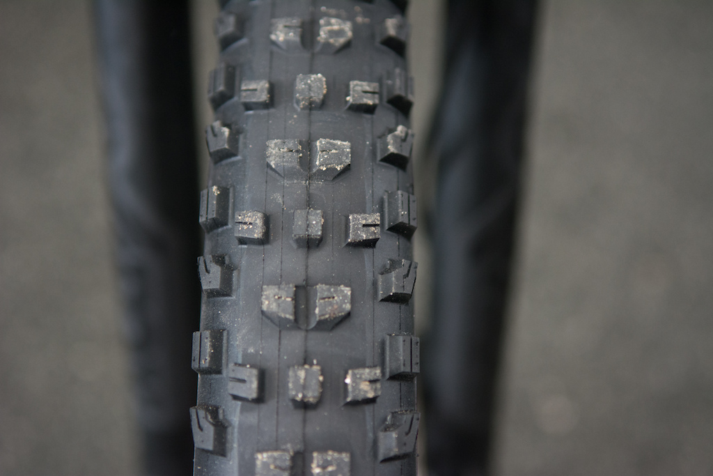 Bontrager XR4 New Tread Pattern?-p5pb13386986.jpg