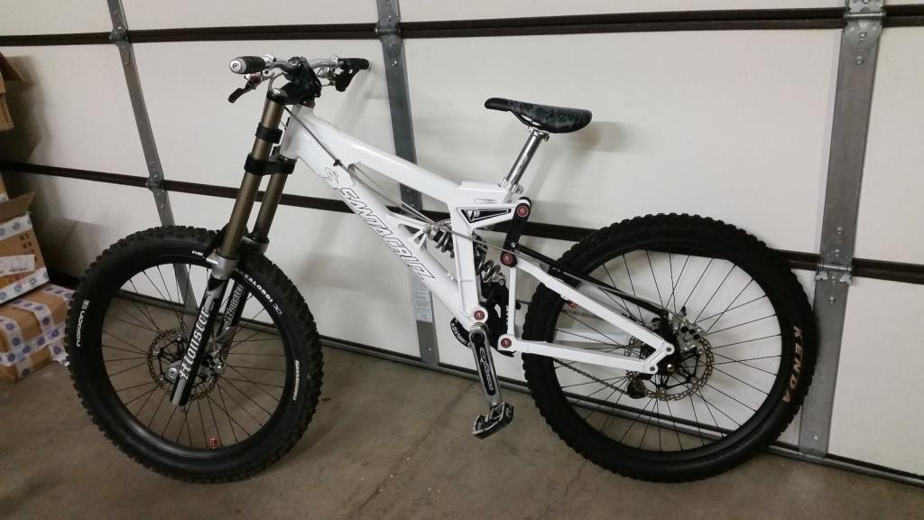 Old School DH bikes-p5pb13939602.jpg