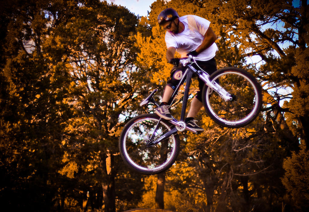 Your BEST Airborne bike photos - let's see them!-p5pb7201381.jpg