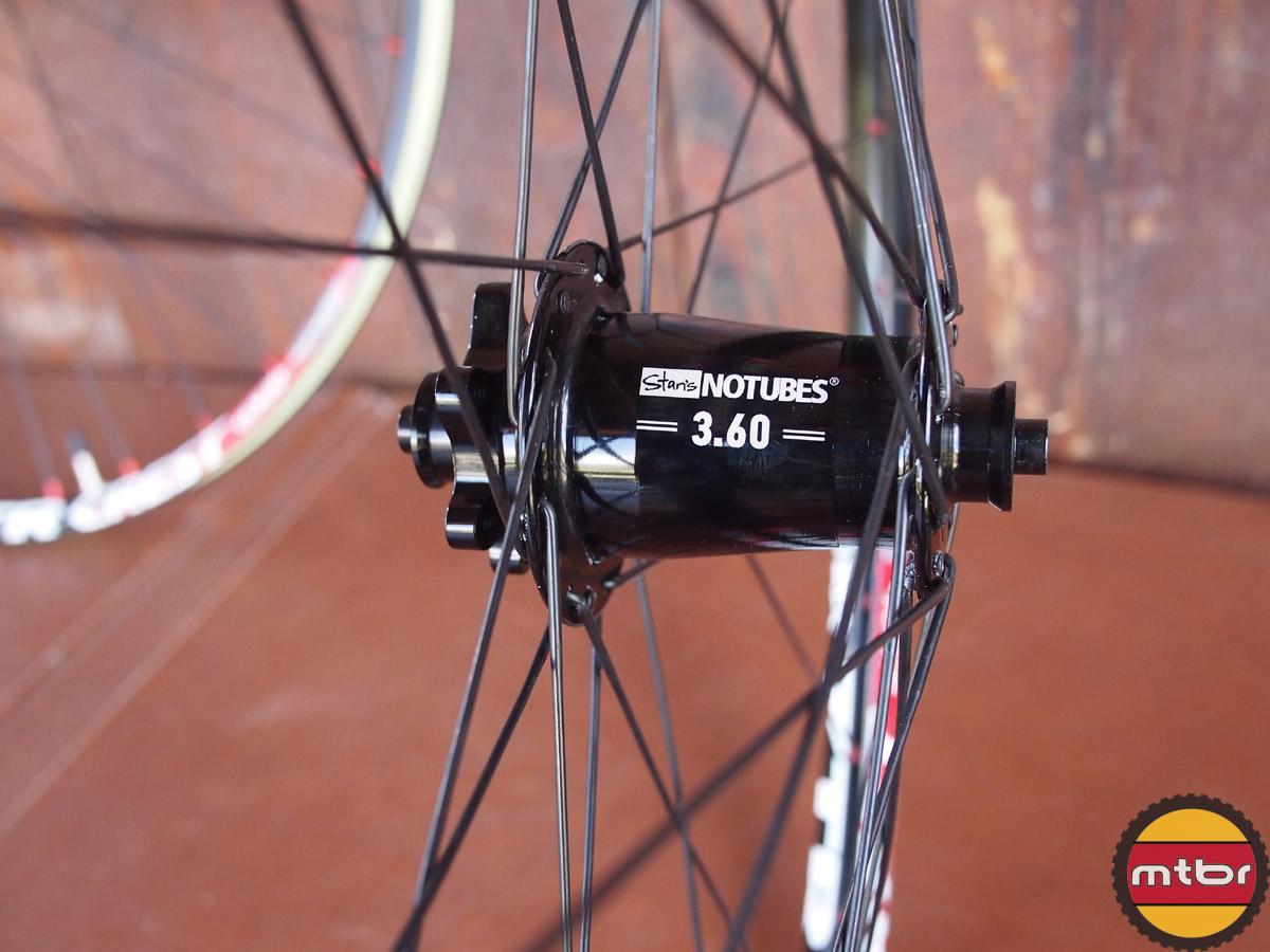 Stan'ts NoTubes 650b Crest Wheels