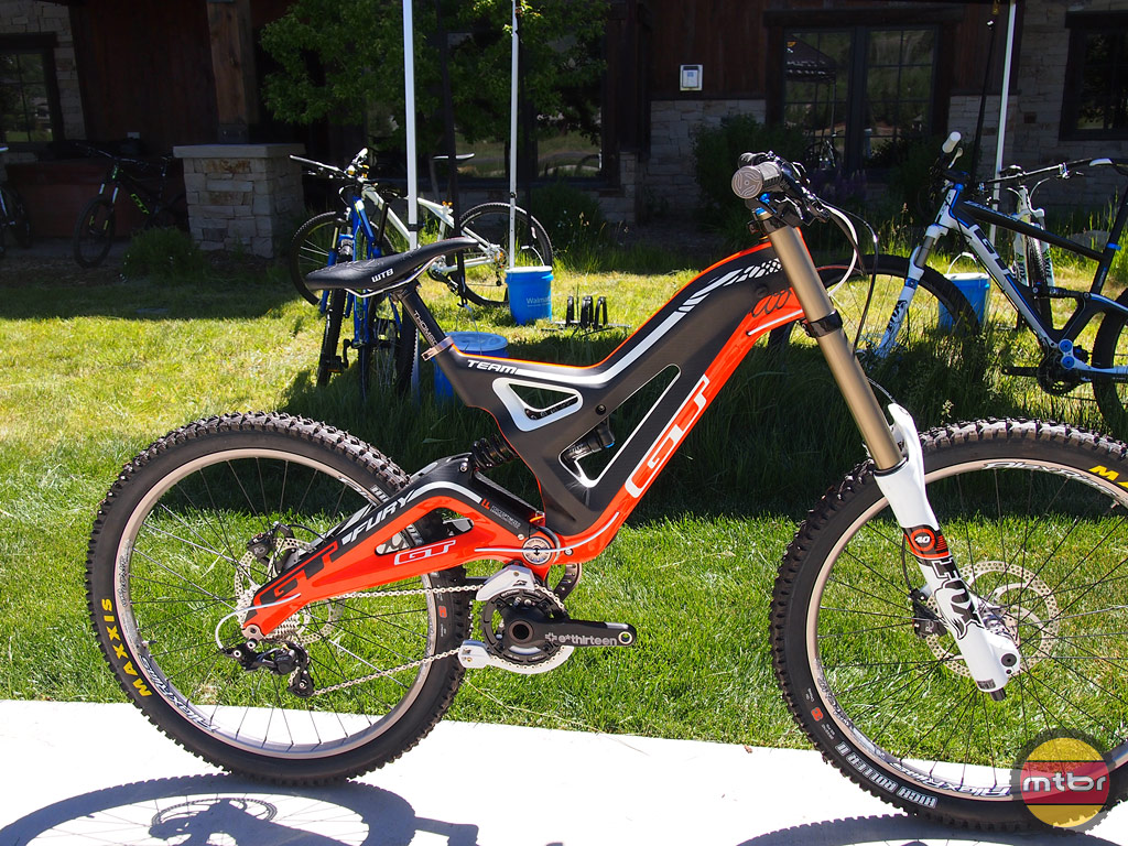 d5d439ce227 GT Fury Carbon Team Downhill Bike- Mtbr.com